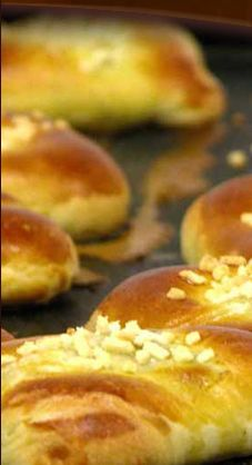 - - Kleinblatt Brood- en Banket bakkrij. De grootste Koosjere bakkerij in Antwerpen en tal van 100% lactose vrij brood en gebak! - -