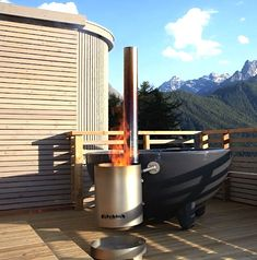DutchTub Portable wood fired hot tub