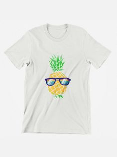 Pineapple Shirt, Shirts for Women, Graphic Tees, Summer Shirt, Cute Pineapple T Shirt, Pineapple Lover, Gift for Her, Summertime Shirt  #summershirts #graphictees #vintageshirts #summer Pineapple Shirt, Cute Pineapple, Casual Summer Outfits, Cute Outfits, Family Vacation Shirts, High Fashion Looks, Mom Fashion, Summer Shirts, Vintage Shirts