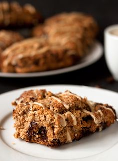 Espresso Chocolate Chip Scones from @Erin B (Texanerin Baking)  (via @Julie Hanley, Dishes, and Desserts)