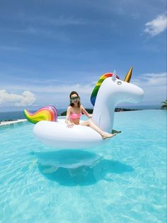 what a day on this huge unicorn pool float