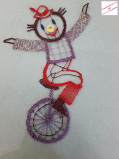 acrobate sur mono-cycle Bobbin Lace Patterns, Cycle, Costume, Dream Catcher, Put, Position, Delaware, Silhouettes, Chicago