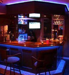 Elegante iluminación del bar