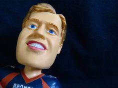 So what is John Elway saying to Peyton Manning and the #DenverBroncos about #SuperBowl2014 ?