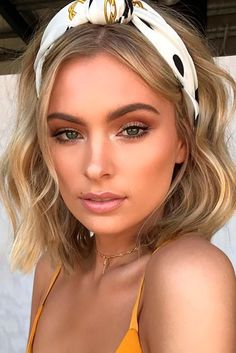 80 Bob Hairstyles To Give You All The Short Hair Inspiration - Hairstyles Trends Beauty Make-up, Beauty Hacks, Hair Beauty, Fashion Beauty, 90s Fashion, Fashion Pics, Beauty Style, Headband Hairstyles, Bob Hairstyles