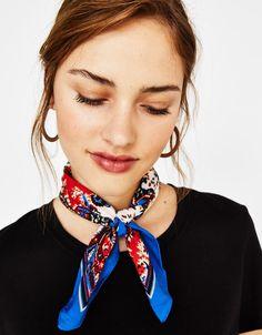 Paisley print neckerchief - Bershka #fashion #product #trend #trendy #neckerchief #accesory