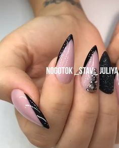 fearless combinations with black stiletto nails page- 72 Black Stiletto Nails, Nude Nails, Glitter Nails, Black Nail, Glam Nails, Beauty Nails, Gorgeous Nails, Pretty Nails, City Nails