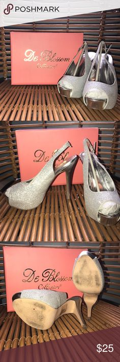 Prom/Special event Shoes! De Blossom shoes, purchases at Davids Bridal, Worn ONCE in good condition. Very sparkly De Blossom Shoes Heels