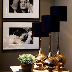 Schwarz und Gold - home accessories - Dekor Labor Decoration Inspiration, Interior Inspiration, Design Inspiration, Design Ideas, Home And Deco, Shades Of Black, Interior And Exterior, Home Accessories, Living Room Decor
