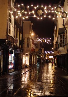 York's #ChristmasMarkets have to be the most atmospheric in the country.
