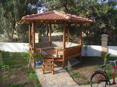 kösk turkey - Google zoeken Outdoor Seating, Outdoor Spaces, Moroccan Garden, Turkey Holidays, Cubby Houses, Cabana, Kos, Home Furnishings, Gazebo