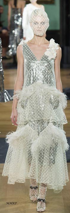Erdem, High End Fashion, Fashion 2018, Fall 2018, Taiwan, Fashion Inspiration, Runway, Vogue, Glitter
