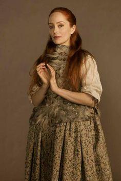 Lotte VerBeek - Geillis Duncan - outlander - I love her! Claire Fraser, Jamie Fraser, Jamie And Claire, Diana Gabaldon Outlander Series, Outlander Season 1, Outlander Casting, Lotte Verbeek, Character, Movies