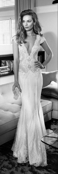 Short sleeves V-neck wedding dress