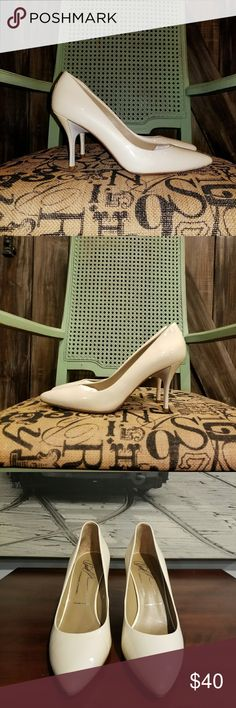 "New Donald J Pliner Patent Leather Cream Heels New pair only tried on. Back of shoes has slight wrinkling at hem but they came that way. Very pretty pearl finish on them. From back heel measures 3"" from insideabout 2"". Donald J. Pliner Shoes Heels"