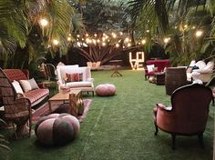 25 Trendy Wedding Reception Cocktail Tables Lounge Areas - Un. Wedding Guest Table, Cocktail Wedding Reception, Wedding Lounge, Wedding Reception Tables, Cocktail Tables, Boho Wedding, Trendy Wedding, Dress Wedding, Wedding Bride