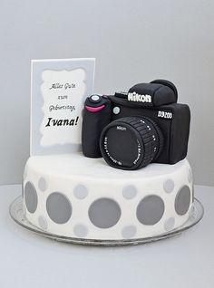 Burthday Camera cake