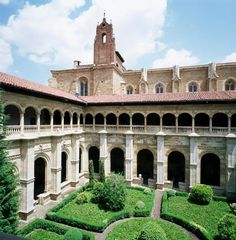 Is it a Dream? No, It's a Parador, a Spanish Castle Hotel: Parador de León, a Royal Affair with an Amazing Past