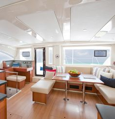 Moorings 4800 - 4 Cabin Catamaran | The Moorings