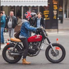 Honda CM125 #scrambler discover #motomood. You don't get many British Bikers on here.