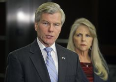 Former Virginia Gov. McDonnell, wife indicted on federal corruption charges
