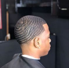 pictame webstagram Do you guys have some tips on how to get waves on the side🤔🤔 Waves Hairstyle Men, Waves Haircut, Bob Hairstyle, Black Kids Hairstyles, Black Men Haircuts, How To Get Waves, 360 Waves Hair, Black Haircut Styles, Black Hair Cuts