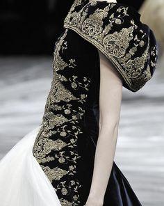 Alexander McQueen Autumn/Winter 2008 | Keep the Glamour | BeStayBeautiful