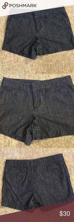 New without tags Gap Handley size 2 Never worn..100% cotton GAP Shorts