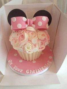 27 Ideas Cupcakes Decorados Vintage Baby Shower For 2019 Mickey And Minnie Cake, Minnie Mouse Birthday Cakes, Bolo Minnie, Birthday Cake Girls, Mickey Birthday, Mickey Mouse, Minnie Mouse Cupcake Cake, 2nd Birthday, Birthday Ideas