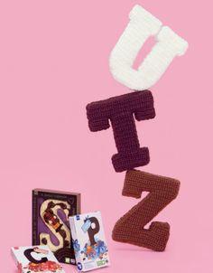Crochet Alphabet, Crochet Letters, Chrochet, Projects To Try, Symbols, Seasons, Sewing, Creative, Crocheting
