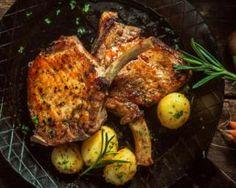 Côtes de porc grillées au miel et aux épices