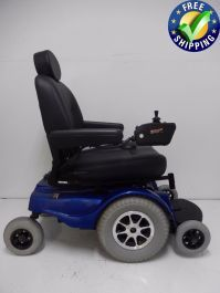 This Jazzy 1170 XL is a great chair for outside usage. This 1170 XL will go 6 MPH while still offering a weight capacity of up to 400 LBS. Powered Wheelchair, Types Of Flooring, Back Seat, 6 Months, Baby Strollers, Charger, Pilot, Pride, Chairs