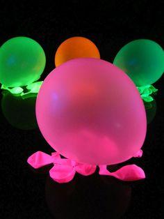 Schwarzlicht Luftballons Pink #blacklight #schwarzlicht #neon #deco #glow #baloon #psy