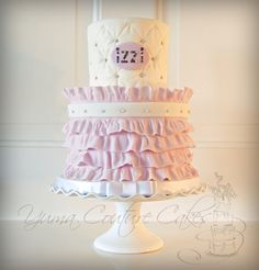 Birthday Cake Photos - Ruffles and crystals! Pretty Cakes, Beautiful Cakes, Amazing Cakes, Sweets Cake, Cupcake Cakes, Cupcake Ideas, Fondant Cakes, Princess Theme Cake, Birthday Cake Girls