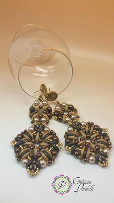 Kon Earrings  TUTORIAL with Crescent Beads Round di MagichePietre