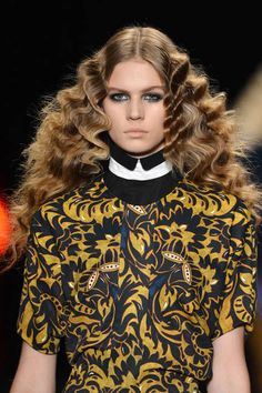 How to get curly hair, runway-style. Click for pro tips and tools!