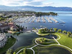 The Ultimate Kelowna Itinerary for Your Active Summer Road Trip Places In America, Canadian Travel, Grand Lake, South Lake Tahoe, Top Travel Destinations, Las Vegas Hotels, Romantic Places, Filming Locations, Summer Travel