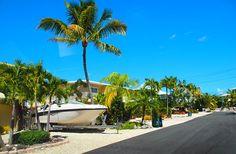 Miami autolla päivässä - mitä ei kannata tehdä ja pari kivaakin juttua - Matkablogi Vaihda vapaalle Miami, Key West, Outdoor Furniture, Outdoor Decor, Hammock, Home Decor, Key West Florida, Decoration Home, Room Decor