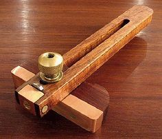 A Marking and Cutting Gauge