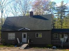 View 9 photos of this 2 bed, 1.0 bath, 1296 sqft single family home located at 300 Kings Hwy, Middleton, NH 03887 that sold on 11/23/04 for $175,000