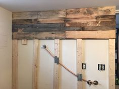 Laundry+Room+Pallet+Wall