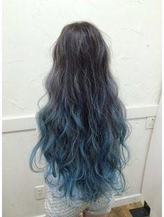 Blue.Blue.gradation Ombre Hair Color, Cool Hair Color, Front Hair Styles, Curly Hair Styles, Lavender Hair Colors, Turquoise Hair, Hair Arrange, Scene Hair, Hair Painting