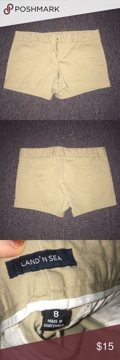 f3163d7fd6 beige shorts Beige shorts never been worn great condition size 8 Macy's  Shorts Cargos