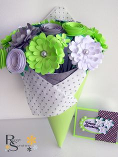 Paper Flower Bouquet - Spring Bouquet in Lime Green 24 Flowers for: Wedding, Anniversary, Gift, Valentine's Day, Home Decor, Birthday