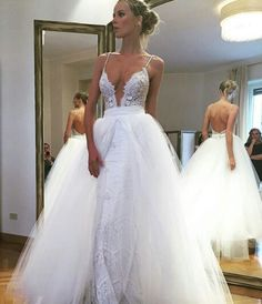 Don't like poofy dresses but this one is beautiful