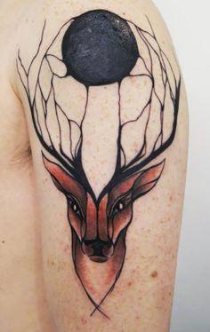 Holandesa faz tatuagens de animais que parecem fluir pelo corpo; vem ver! | Virgula