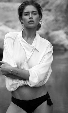 Image via We Heart It https://weheartit.com/entry/170335481/via/2659899 #black #blackandwhite #blackandwhite #body #doutzen #DoutzenKroes #dutch #face #females #girl #girls #girly #model #photo #photography #style #Victoria'sSecret #white #woman