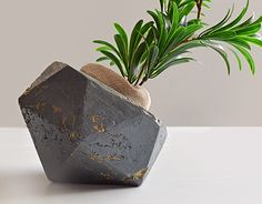 "Check out new work on my @Behance portfolio: ""Concrete home decor"" http://be.net/gallery/54613453/Concrete-home-decor"