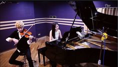 Henry 헨리_Playing 'TRAP' Violin & Piano ver. with SeoHyun 서현 of Girls' Generation :D - omo!! Hajima! It's too much! ^_^