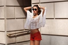 I think I want red shorts. Fashion Beauty, Girl Fashion, Fashion Outfits, Red Lace Top, White Lace, Summer Outfits, Cute Outfits, Red Shorts, Red Pants